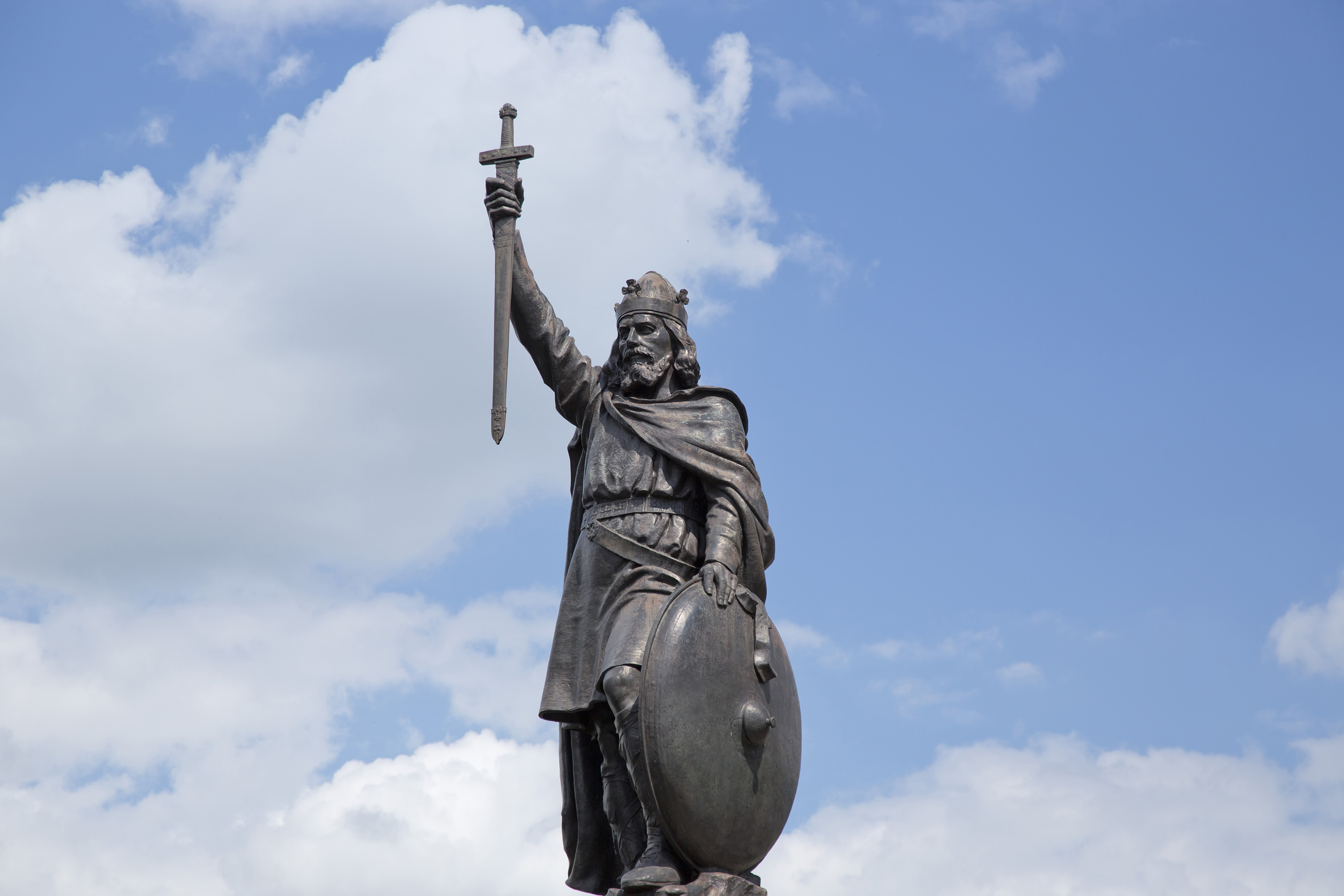 Statue of Alfred the Great in Winchester